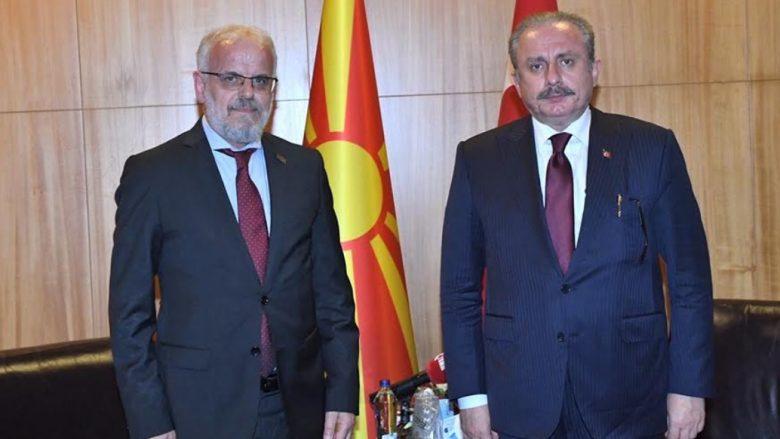 Xhaferi në takim me Shentop: RMV dhe Turqia ndajnë vlera të përbashkëta për paqen dhe stabilitetin në rajon