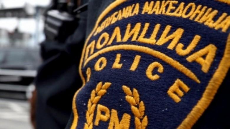 Kapen me kokainë, policia arreston dy persona në Strugë