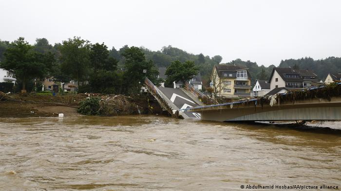 Imazhet satelitore tregojnë gjendjen para dhe pas përmbytjeve në Gjermani