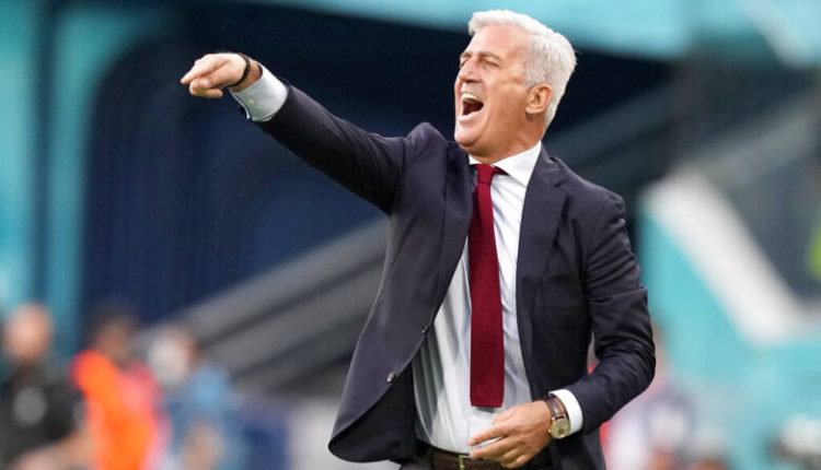 Zvicra mbetet pa trajner, Petkoviç kalon në Francë