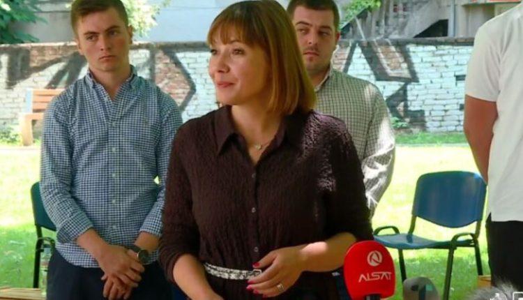 Carovska: Apelojmë deri tek të gjithë mësimdhënësit që të paraqiten për vaksinim