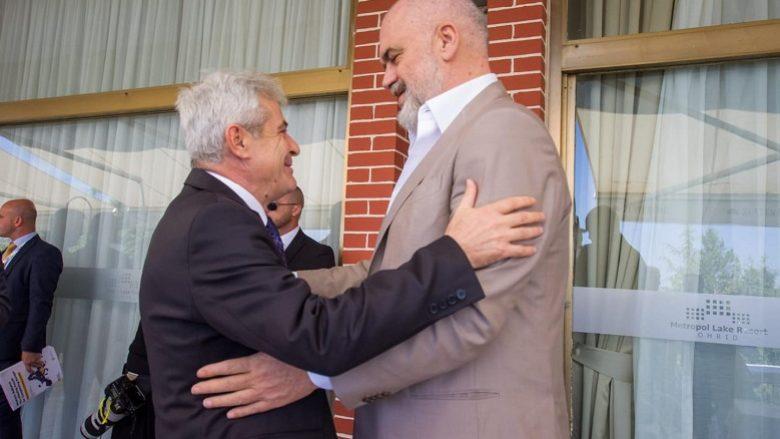 Ahmeti takon Edi Ramën: Edi është i veçantë