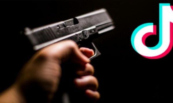 Gjakovë: 21-vjeçar postoi fotografi me armë në Tik-Tok, policia e përcjell për në stacion