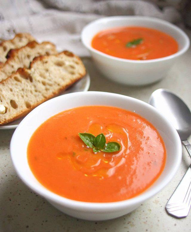 Supë me domate, receta që do të provoni gjithë shtatorin