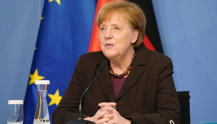 """""""Blindohet"""" Beogradi, bëhet gati të presë Merkelin"""