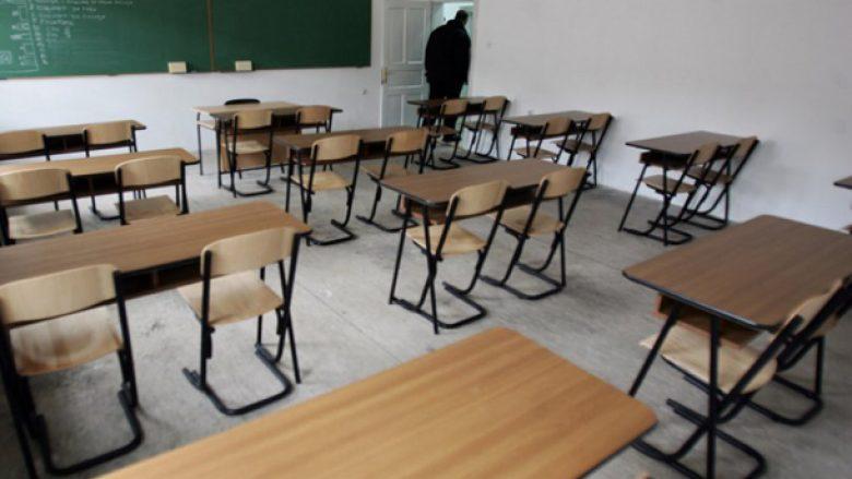 Mbi 700 nxënës në Maqedoni janë infektuar me COVID-19 brenda dy javëve