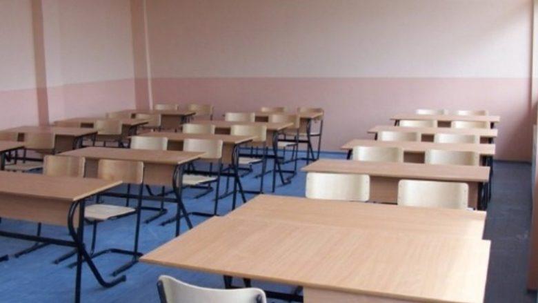 Kumanovë: 17 të punësuar dhe 76 nxënës janë infektuar që nga fillimi i vitit shkollor