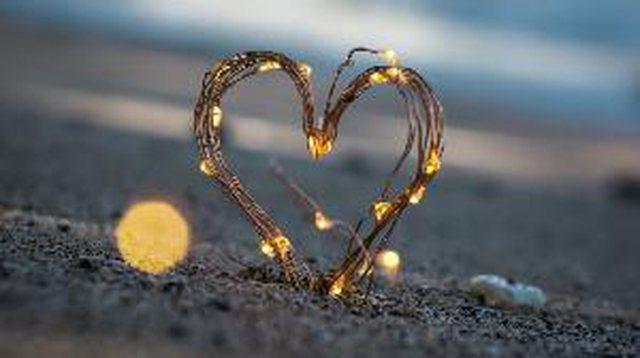 Këto katër shenja zodiakale nuk besojnë në dashuri!
